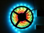 LED RGB Flex Strip mit Flash Farbwechsel Funktion 180 SMD LEDs 5m Rolle IP65 + FB + Controller + 2 Trafo